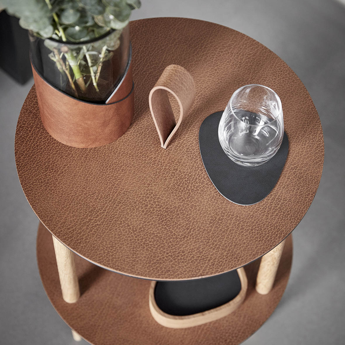 Lind DNA Strap table
